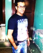 lookking like salman khan