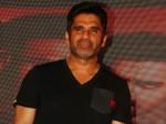 Suneil Shetty Says Vindu Doesnt Represent Bollywood