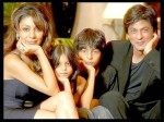 My Kids Don T Discuss Relationship Status With Me Says Shahukh Khan