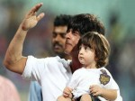 Abram Khan Fashion Is Inspired From Daddy Shahrukh Khan Here Is Proof