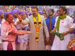 Is There Any Face Off Scene Between Sanjay Dutt And Jaikie Shroff In Prassthanam