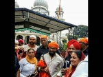 Laal Singh Chaddha- गुरुद्वारा साहिब पहुंचे आमिर खान- धड़ल्ले से वायरल हो रही हैं तस्वीरें