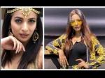 पारस छाबड़ा से शादी करने पहुंची मलाइका अरोड़ा की हमशक्ल, बोल्ड डांस VIDEO वायरल