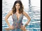 सनी लियोन ने स्विमिंग पूल में लगाई आग, शेयर की सुपर हॉट तस्वीर- फैंस ने कहा, सेक्सी लेडी