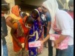 दिल्ली में फंसे प्रवासी मजदूरों के लिए मसीहा बनीं स्वरा भास्कर- हजारों मजदूरों पहुंचाया घर