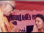 लाल कृष्ण आडवाणी के साथ मुस्कुराते दिखीं रामायण की सीता, चुनाव प्रचार की Throwback तस्वीरें