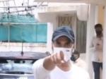 कोरोना मास्क ना लगाने पर पैपराजी पर भड़का अक्षय कुमार का गुस्सा- पहले मास्क लगा VIDEO