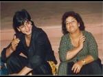 सरोज खान के निधन से टूटे शाहरुख खान, कहा-