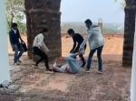 शूटिंग के दौरान प्रिया प्रकाश वारियर के साथ हादसा, जोर से गिरीं, सेट पर मचा हड़कंप ! VIDEO