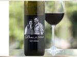 PICS: शराब की बोतल पर काजोल और अजय देवगन की फोटो, 22 सालों का साथ- अभी भी सबसे रोमांटिक जोड़ी