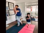 सैफ अली खान को कॉपी करते दिखे तैमूर, योगा डे पर वायरल सबसे क्यूट तस्वीर!