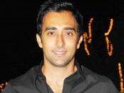 राहुल खन्ना को भी चाहिए सिक्स पैक एब्स