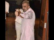 कैंसर के ईलाज के बाद संजय दत्त का नया लुक, बेहद खुश हैं अक्षय कुमार, अभिषेक बच्चन