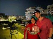 सलमान खान की बहन अर्पिता खान ने मनाया करवा चौथ, पति आयुष शर्मा संग लाल जोड़े में आईं नजर