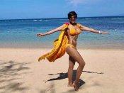 मंदिरा बेदी ने बिकिनी पहनकर बढ़ाई गर्मी, धड़ल्ले से वायरल हुई तस्वीर