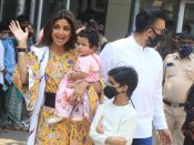 1 साल की हुई शिल्पा शेट्टी की बेटी समिषा, परिवार पहुंचा सिद्धिविनायक मंदिर- PHOTOS