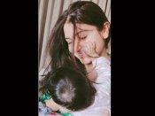 अंतर्राष्ट्रीय महिला दिवस: विराट कोहली ने शेयर की अनुष्का और बेटी वामिका की प्यारी सी फोटो- लिखा खास नोट