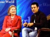 हिलेरी ने आमिर की प्रशंसा की!