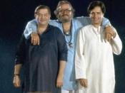 बॉलीवुड का सबसे मशहूर खानदान, 10-20 साल से भी पुरानी तस्वीरें, ताजा हो जाएंगी कई यादें