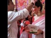 बिपाशा बसु और करण सिंह ग्रोवर ने ऐसे मनाई बिजॉय दशमी, तस्वीरें देखकर आप भी मुस्कुरा देंगे