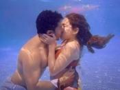 वरुण धवन और सारा अली खान के किसिंग सीन पर बोले डेविड धवन- 'काहे की शर्म आ रही है?'