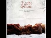 फ़िल्म 'राधेश्याम' के प्रभास- पूजा हेगड़े का नया पोस्टर रिलीज़, बेहद रोमांटिक अंदाज़ में आए नजर