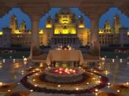 Inside PICS: प्रियंका चोपड़ा की शादी की तैयारियां शुरु- इस शानदार जगह से होगी शादी