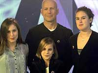Bruce Willis with daughters