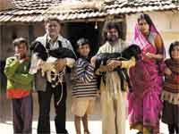 <strong>पढ़े :बुंलद भारत की असल तस्वीर 'पीपली लाइव'</strong>
