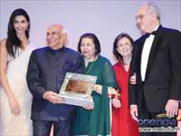 Yash Chopra Getting Swiss Award