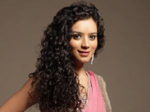 Television Actress Sukirti Kandpal had been selected is Miss Bollywood Diva in Miss India Worldwide 2011 held in Dubai.