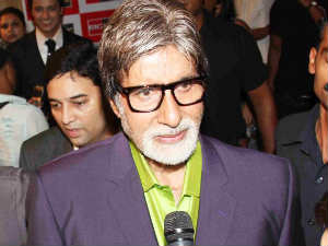 Amitabh Bachcan's special prayers for Aishwarya-Abhishek in Ajmer