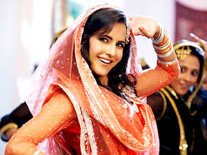 Katrina's grunge look in 'Mere Brother Ki Dulhan'