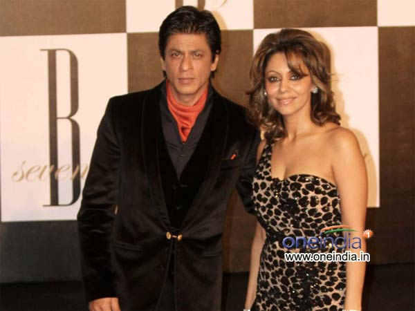Shahrukh also attended Amitabh Bachchan birthday party