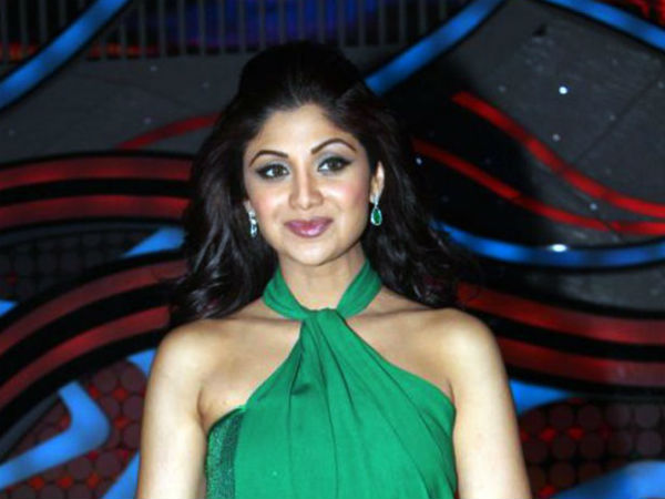 Shilpa Shetty looks for chemistry in 'Nach Baliye' couples