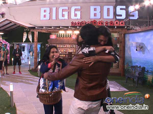 Kushal Tandon re entered in Bigg Boss 7