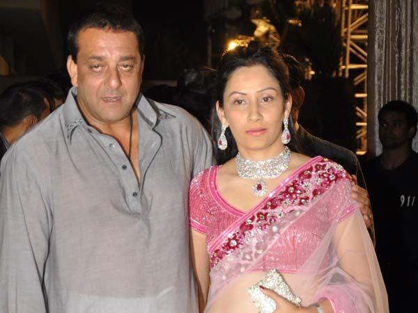 Sanjay Dutt's parole extended by a month Because of his wife Manyata