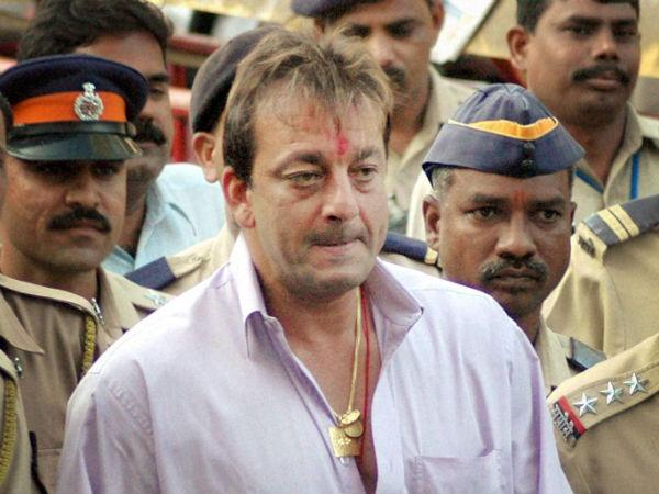 Sanjay Dutt parole extension: Center seeks justification from Maharashtra government