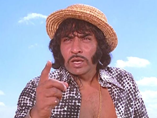Villain Ranjeet's driver's dead body found in his swimming pool