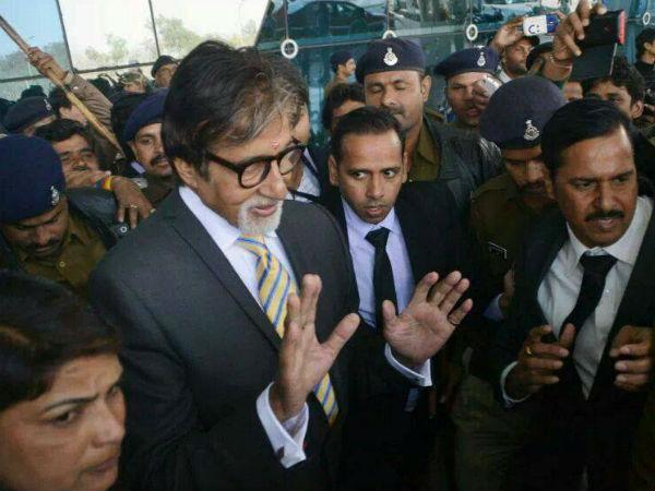 Won't return to politics, says Amitabh Bachchan, Why?
