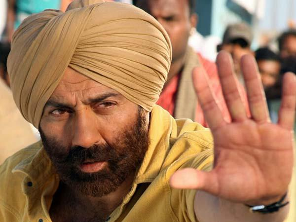 Actor Sunny Deol says NO to politics but speaks about Modi