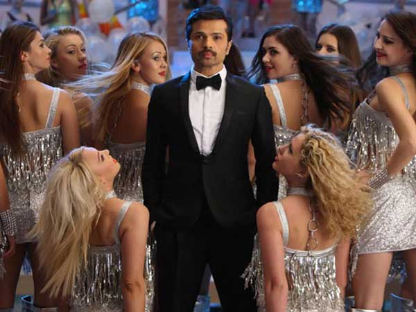Himesh should give his 100 percent to singing acting is not his forte