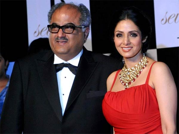 Boney Kapoor met a car accident, Arjun happy that his father is fine