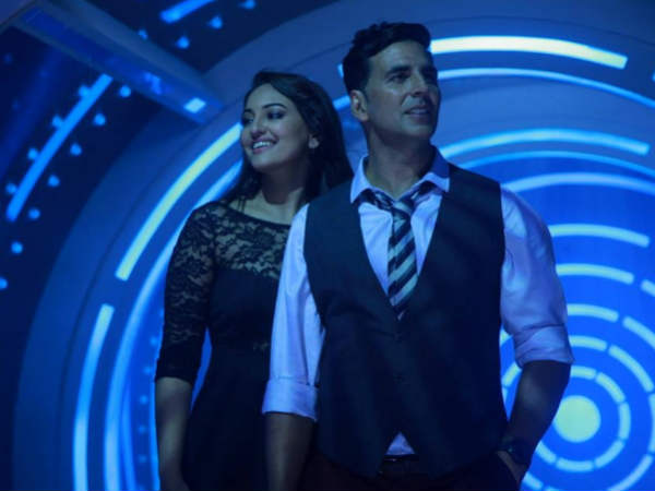 Akshay Kumar is right Sonakshi deserved Ntaional Award says survey