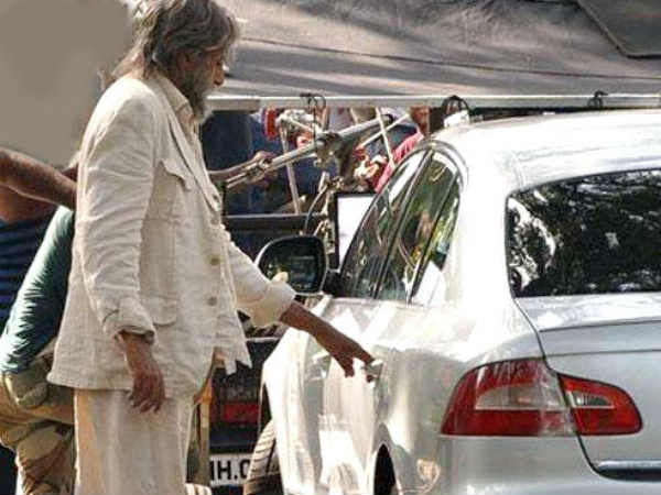 Amitabh Bachchan not able to hide Shamitabh looks from photographers