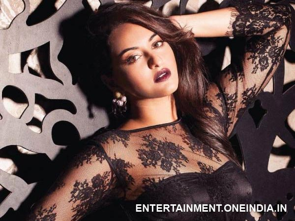 Sonakshi Sinha nails the chic look in 'Action Jackson'