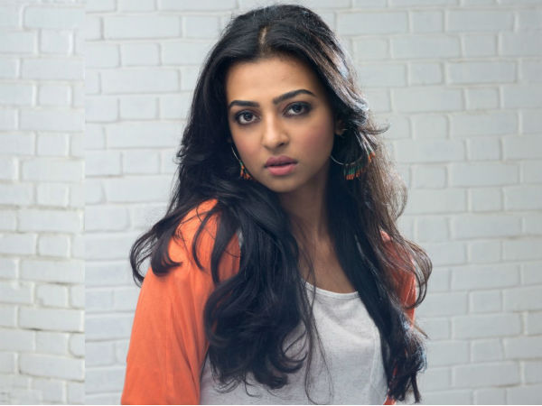 <strong>/news/radhika-apte-sex-is-saleable-because-its-a-taboo-046944.html</strong>