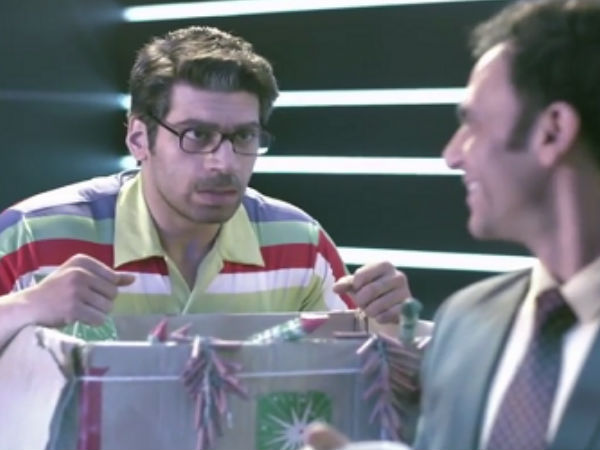 <strong>/news/pics-salman-khan-meets-world-cup-mauka-mauka-ad-team-047126.html</strong>