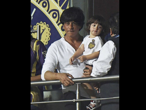 Shahrukh Khan and Abram sad as KKR not at ipl 2015 Final