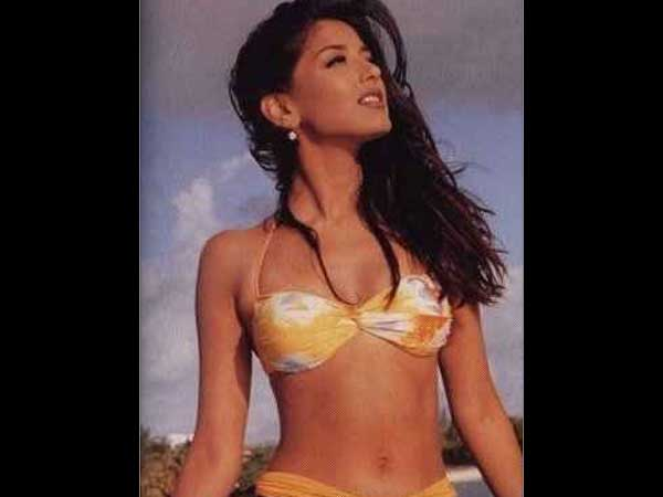 Sonali Bendre Hot And Sexy Pics - Hindi Filmibeat-2256